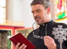 Pastor learning what he needs to know about clergy taxes